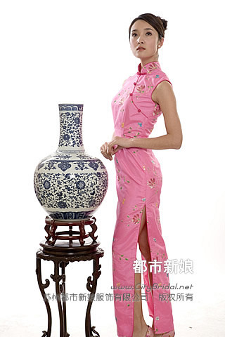 Chinese Dress on Qipao  Chinese Traditional Dress  Qipao Pictures  Chinese Culture